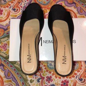 Neiman Marcus kade black grograin